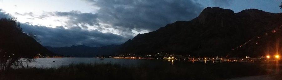 La baie de Kotor de nuit - Monténégro