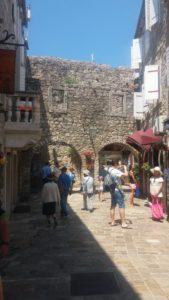 Dans les ruelles de Budva - Monténégro