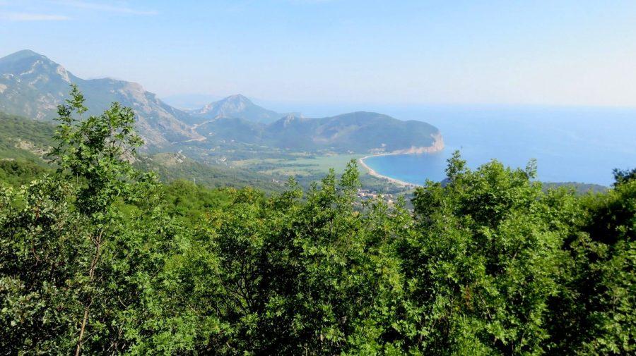 Belle vue sur l'Adriatique depuis les hauteurs de Petrovac - Monténégro