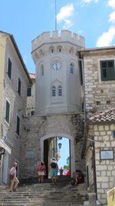 La tour de l'horloge d'Herceg Novi - Monténégro