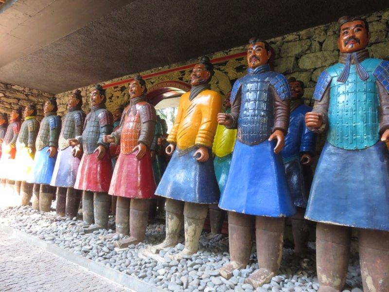 Statues japonaises au jardin oriental de Monte Palace - Funchal (Madère)