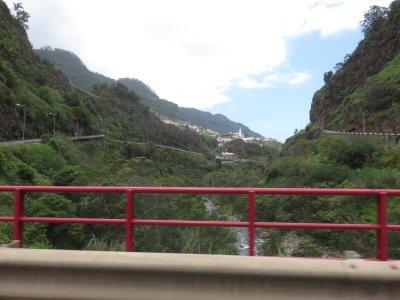 Sur la route entre Porto da Cruz et Faial - Madère