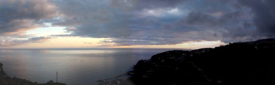 Coucher de soleil depuis notre gite de Ponta Do Sol - Madère