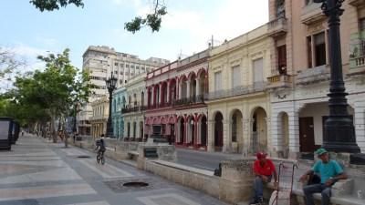 Dans les rues du Centre ville de La Havane - Cuba