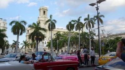 Les voitures américaines du Centre ville de La Havane - Cuba
