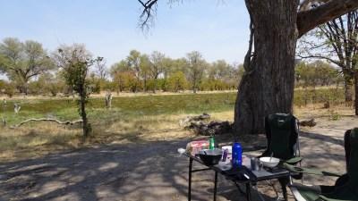 Notre campement au bord de la rivière Khwai du campsite Mbudi - Botswana