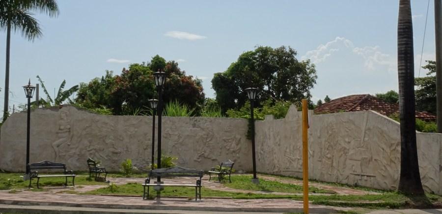 Un mur sculpté de Cienfuegos - Cuba
