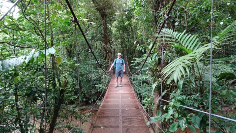 Passerelle dans le parc du volcan Tenorio - Costa Rica