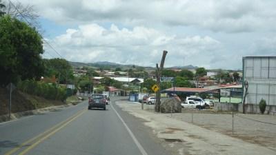 Traversée de la ville de Tilaran - Costa Rica