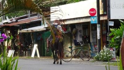 Dans les rues de Cahuita - Costa Rica