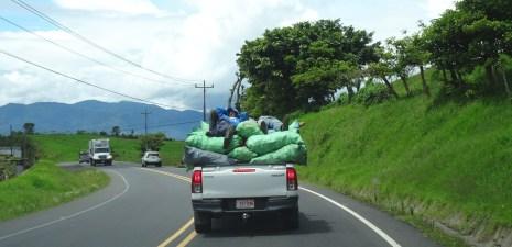 Le confort des transports en commun - parc du volcan Irazu (Costa Rica)