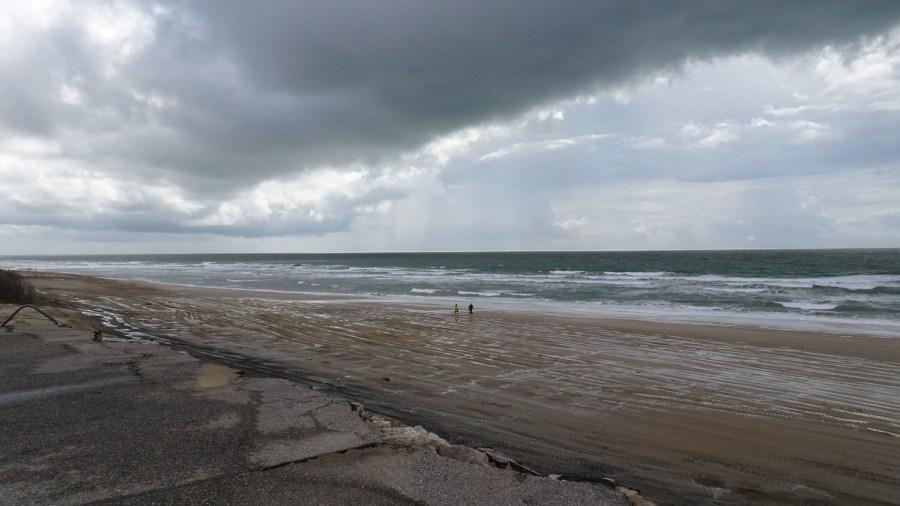 Le bord de mer entre Soulac-sur-Mer et Le Verdon-sur-Mer