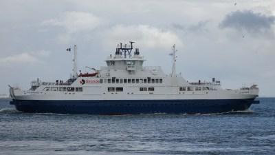La Gironde - Le ferry entre Royan et Le Verdon-sur-Mer