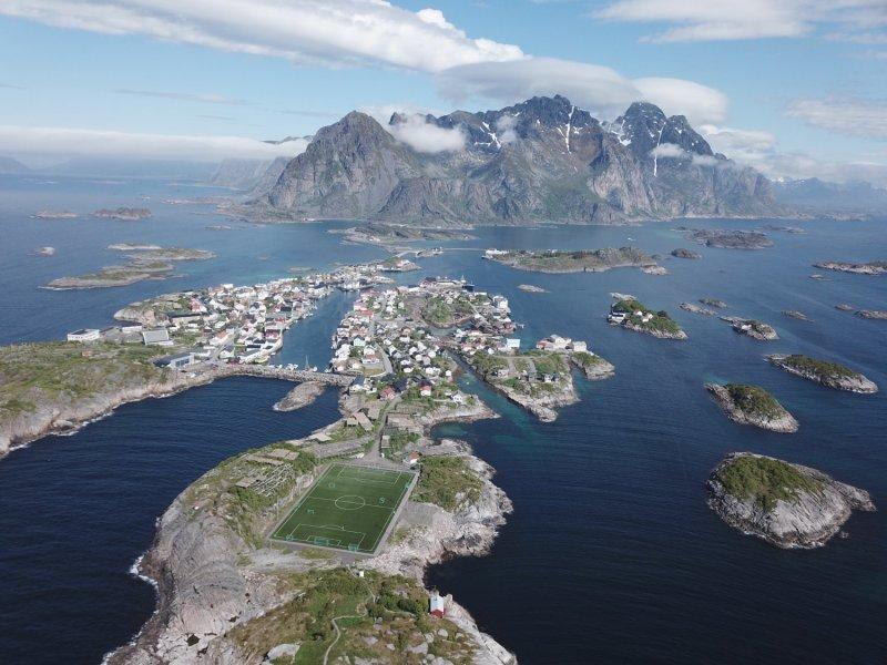 Henningsvaer - îles Lofoten (Norvège)