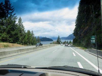 Sur la route d'Horseshoe Bay à Whistler - Canada