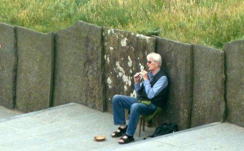 Des musiciens aux falaises de Moher - Irlande