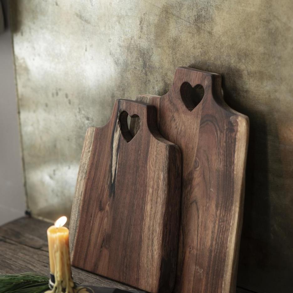 Taglieri in legno di acacia
