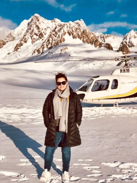 En hélicoptère au glacier Franz Josef en Nouvelle-Zélande dans notre article Road trip en Nouvelle-Zélande : Mes 5 semaines à vivre sur la route #nouvellezelande #roadtrip #oceanie #voyage