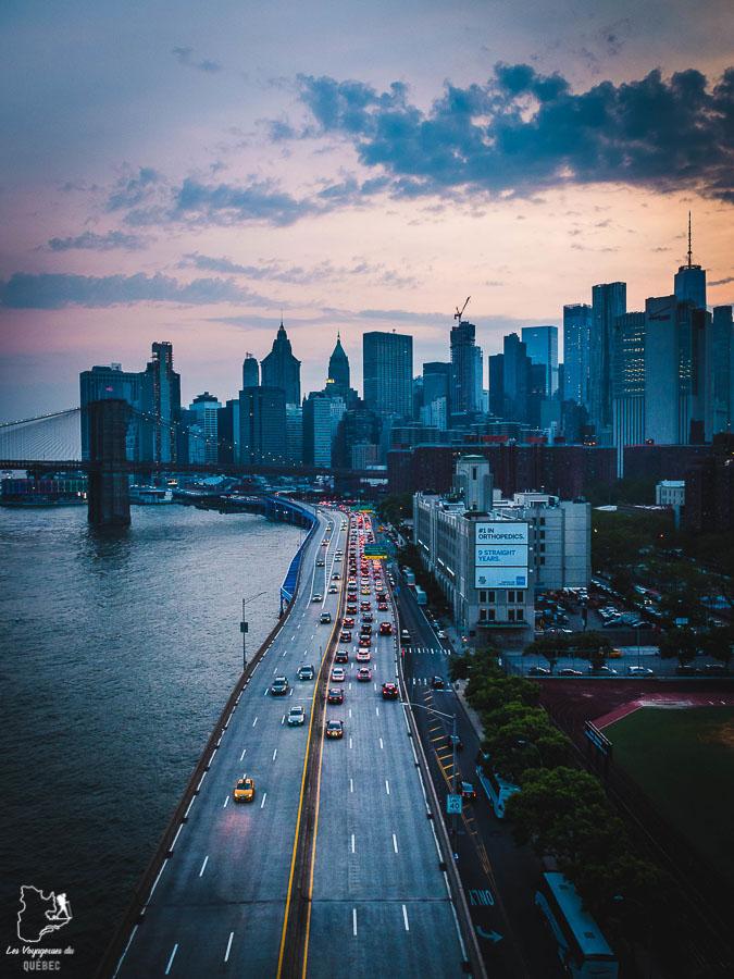 Vue panoramique de New York depuis le Manhattan Bridge dans notre article Les meilleurs points de vue de New York et endroits pour photographier la ville #newyork #usa #etatsunis #vue #panoramique #pointsdevue