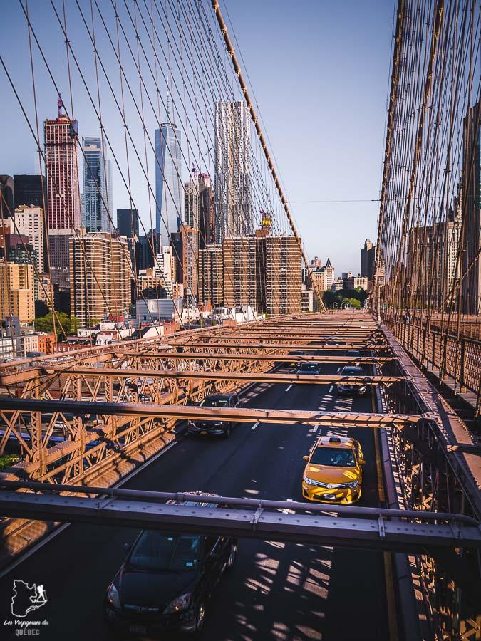 Vue panoramique de New York depuis le Brooklyn Bridge dans notre article Les meilleurs points de vue de New York et endroits pour photographier la ville #newyork #usa #etatsunis #vue #panoramique #pointsdevue