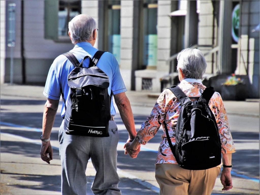 Conseils pour partir en amoureux sans chicane, pour les vieux et les moins vieux couples dans notre article Voyage en couple : Partir en amoureux sans (trop) se chicaner #voyage #voyageencouple #couple #amoureux #vacances