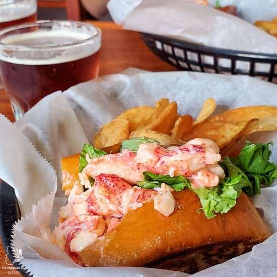 Lobster roll, à manger absolument lors d'un week-end à Portland dans notre article Visiter Portland : Quoi faire à Portland dans le Maine pour un weekend gourmand #Portland #Maine #USA #voyage #foodtour