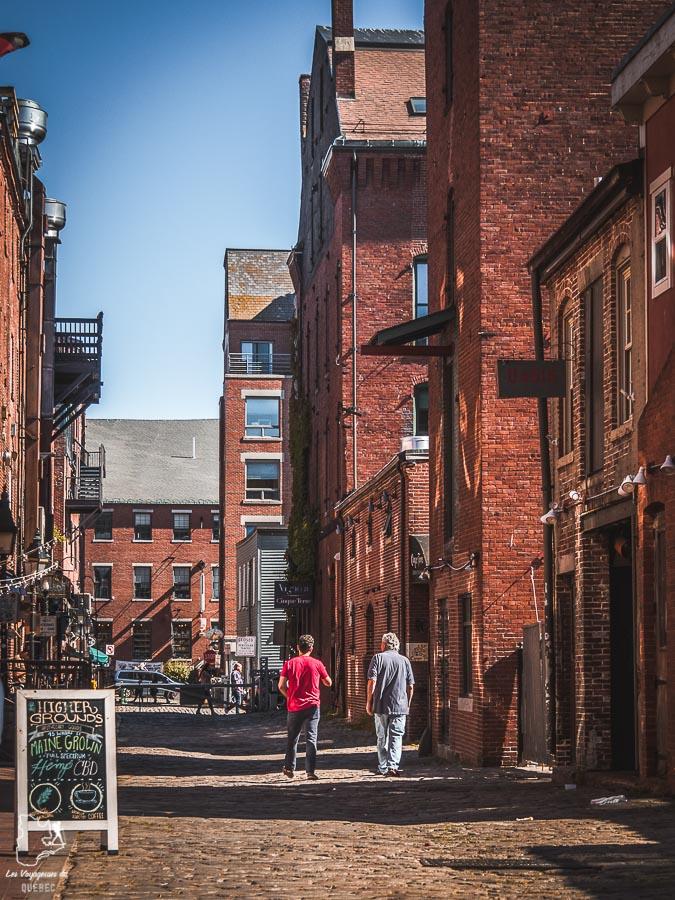 Visite de Wharf street dans le Vieux-Port durant un week-end à Portland dans notre article Visiter Portland : Quoi faire à Portland dans le Maine pour un weekend gourmand #Portland #Maine #USA #voyage #foodtour