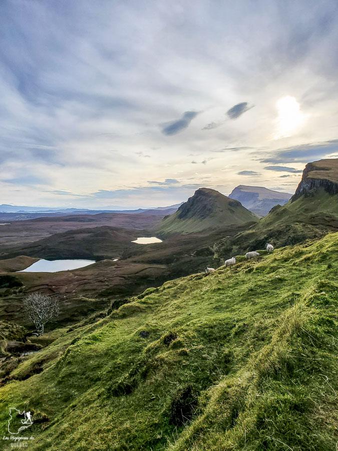 Quiraing sur l'île de Sky en Écosse dans notre article Road trip en Écosse : Une semaine de road trip sportif et gastronomique #ecosse #roadtrip #europe #grandebretagne #royaumeunis #voyage