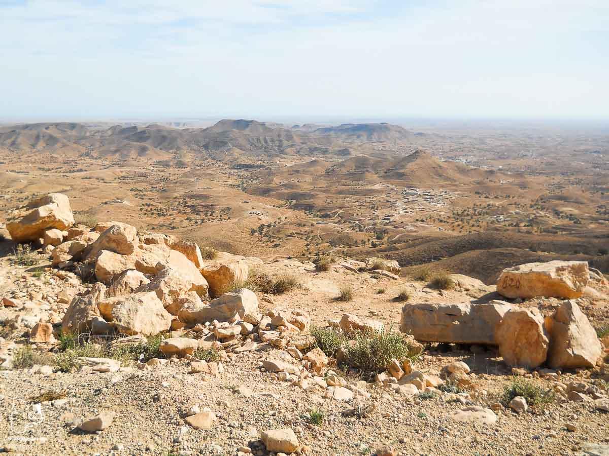Désert lunaire de Matmata, décor de Tatooine dans Star wars dans le désert du Sahara dans notre article Déserts du monde : L'expérience mystique du Sahara, Thar et Wadi Rum #deserts #desert #sahara #thar #wadirum #voyage