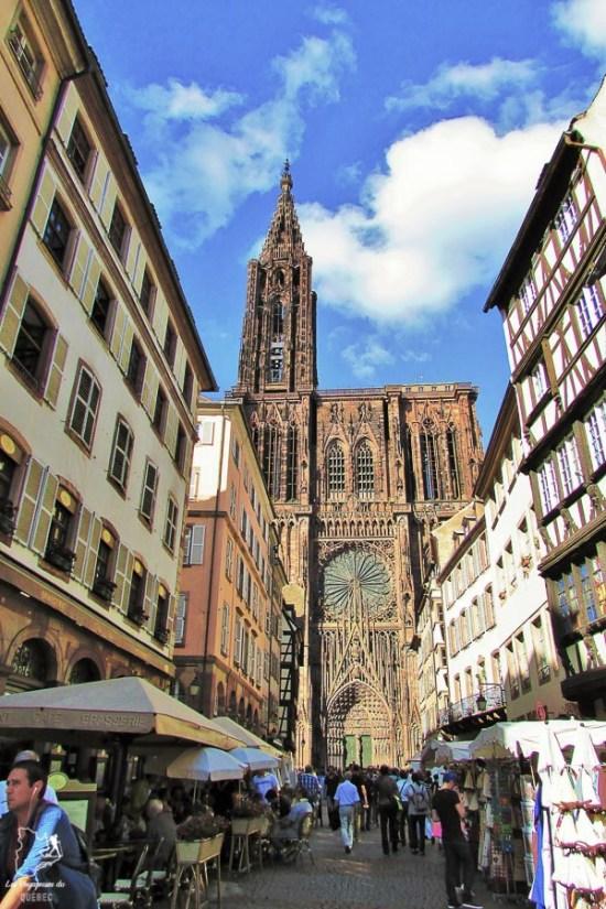 Visiter Strasbourg en Alsace et sa cathédrale dans notre article Visiter Strasbourg en Alsace et ses environs en 6 itinéraires d'un jour #strasbourg #alsace #france #voyage