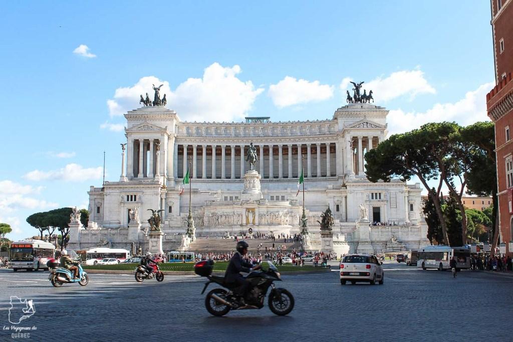 La Piazza Venezia à Rome dans notre article Visiter Rome en 4 jours : Que faire à Rome, la capitale de l'Italie #rome #italie #europe #voyage