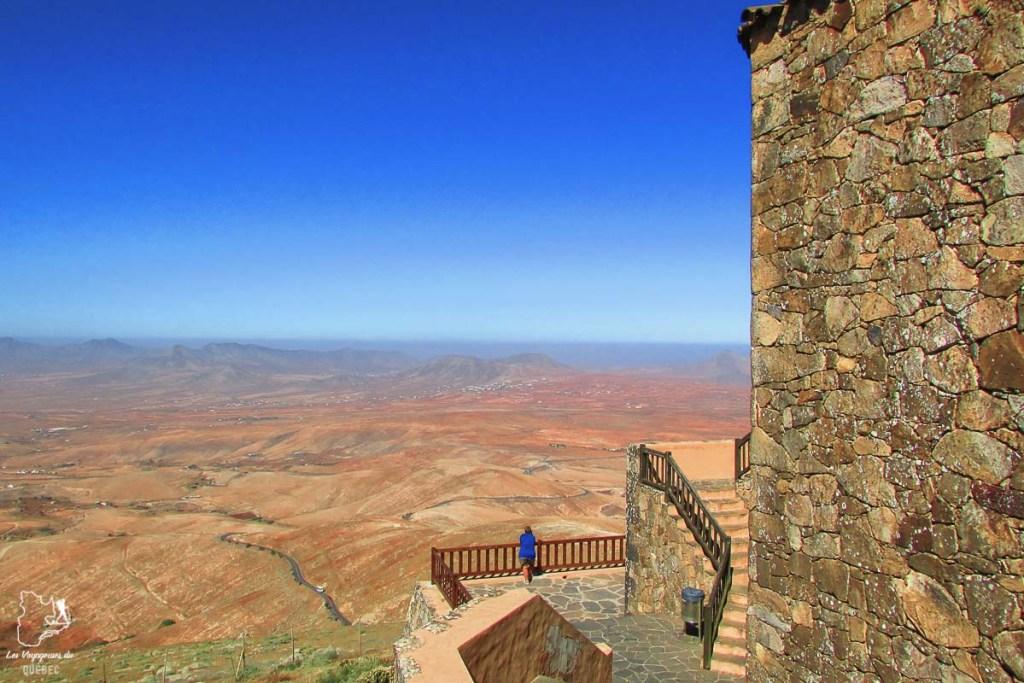 Le Belvédère de Morro Velosa à Fuerteventura dans notre article Visiter Fuerteventura : petit paradis des îles Canaries en Espagne #Fuerteventura #canaries #espagne #voyage #ile