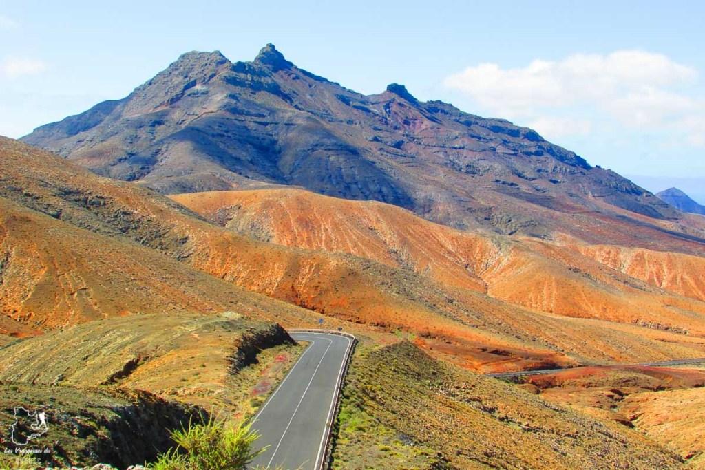 Visiter Fuerteventura dans les Canaries avec ses beaux paysages désertiques et de volcans dans notre article Visiter Fuerteventura : petit paradis des îles Canaries en Espagne #Fuerteventura #canaries #espagne #voyage #ile