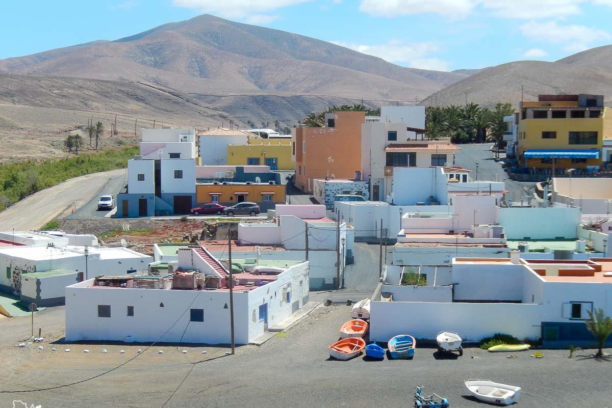 Village de pêcheurs d'Ajuy à Fuerteventura dans notre article Visiter Fuerteventura : petit paradis des îles Canaries en Espagne #Fuerteventura #canaries #espagne #voyage #ile