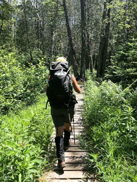 Service de transport des bagages lors de la randonnée sur le Sentier national dans notre article Randonnée dans Lanaudière : 100 km sur le sentier national (sentier de la Matawinie) #randonnee #lanaudiere #matawinie #sentiernational #quebec #canada