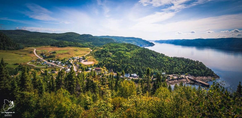 Belvédère à Sainte-Rose-du-Nord dans notre article Tourisme au Saguenay-Lac-Saint-Jean : Itinéraire complet pour 5 jours de road trip dans le région #saguenay #lacsaintjean #saguenaylacsaintjean #quebec #quebecoriginal #canada #roadtrip