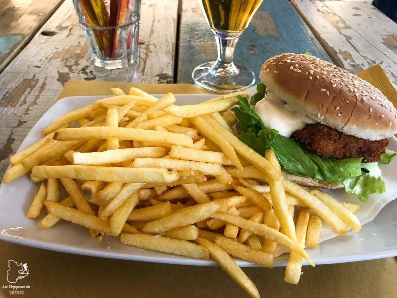 Fish Burger du Majaca Bar à Levanto en Italie dans notre article Visiter les Cinque Terre en Italie avec ses charmants villages colorés #cinqueterre #italie #ligurie #voyage #europe