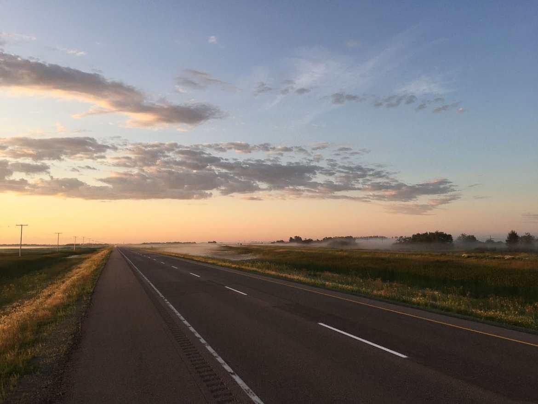 Prairies canadiennes dans notre article Road trip vers l'ouest du Canada : mon itinéraire vers la Vallée de l'Okanagan #ouestcanada #ouestcanadien #roadtrip #canada #voyage