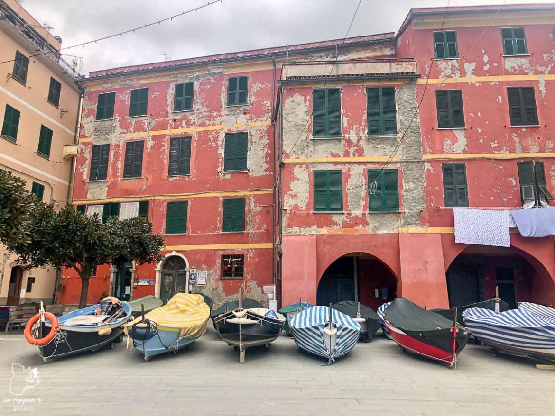 Marina du village de Vernazza en Italie dans notre article Visiter les Cinque Terre en Italie avec ses charmants villages colorés #cinqueterre #italie #ligurie #voyage #europe