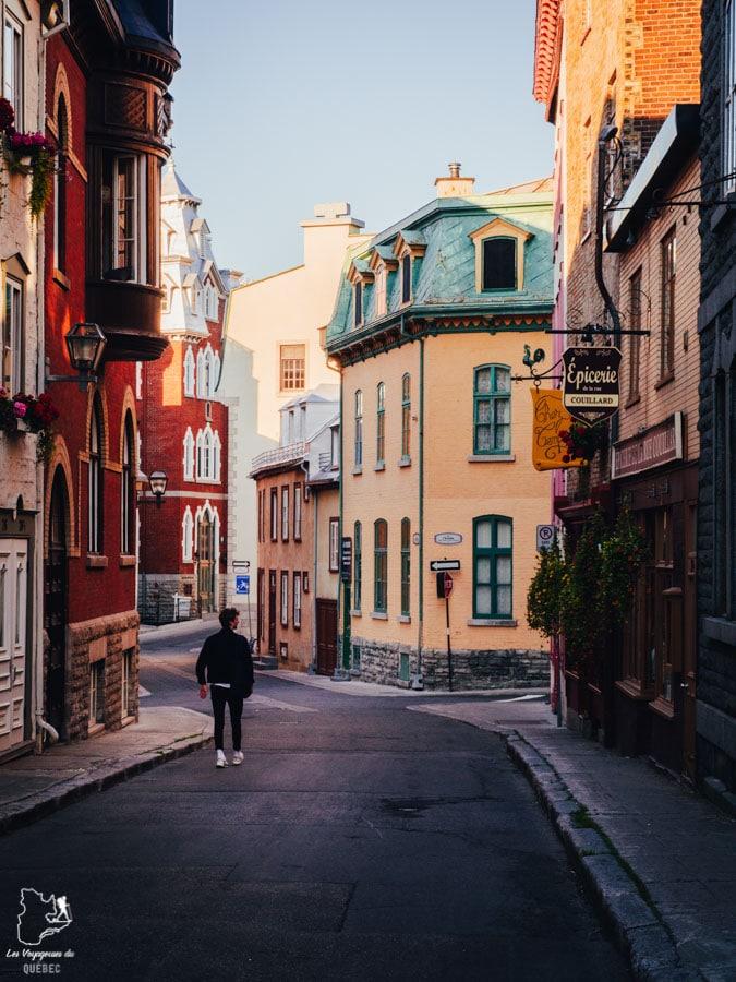 Visiter Québec et sa rue Couillard dans notre article Visiter Québec à travers ses plus beaux points de vue : 12 endroits où photographier la ville de Québec #quebec #villedequebec #canada #photographie