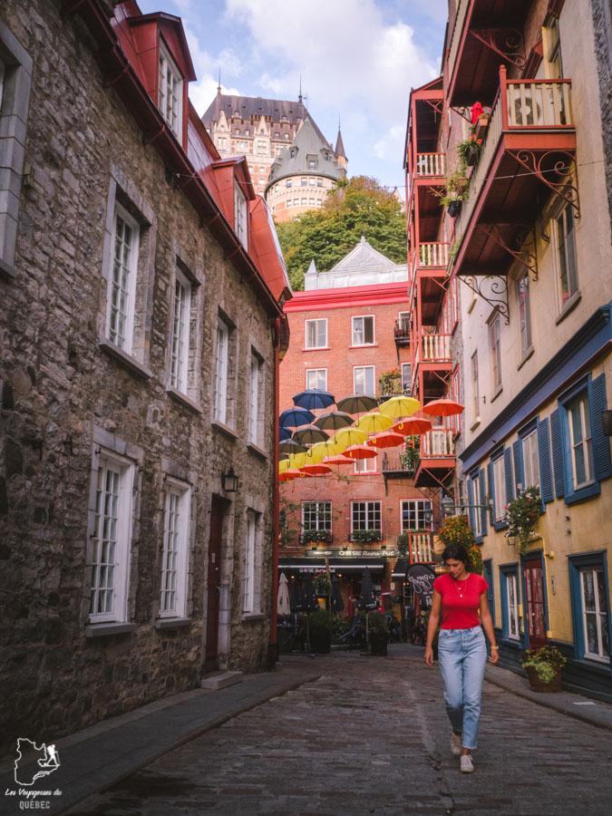 Visiter Québec et sa rue du Cul-de-sac dans notre article Visiter Québec à travers ses plus beaux points de vue : 12 endroits où photographier la ville de Québec #quebec #villedequebec #canada #photographie