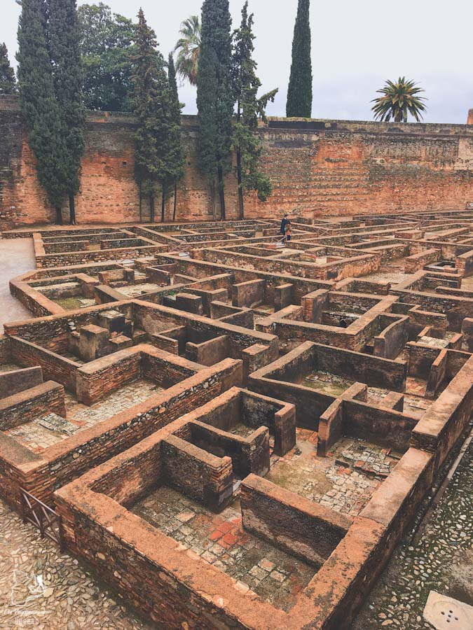 Alhambra à Grenade dans notre article Voyage au sud de l'Espagne : Itinéraire de 2 semaines à visiter en mode backpack #espagne #sudespagne #malaga #seville #grenade #europe #voyage #itineraire #backpack