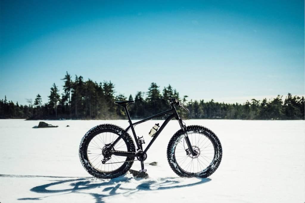 Faire du fatbike au Parc de la Rivière-Gentilly dans notre article Fatbike au Québec : 8 endroits pour faire du fatbike au Québec en hiver #fatbike #velo #quebec #hiver