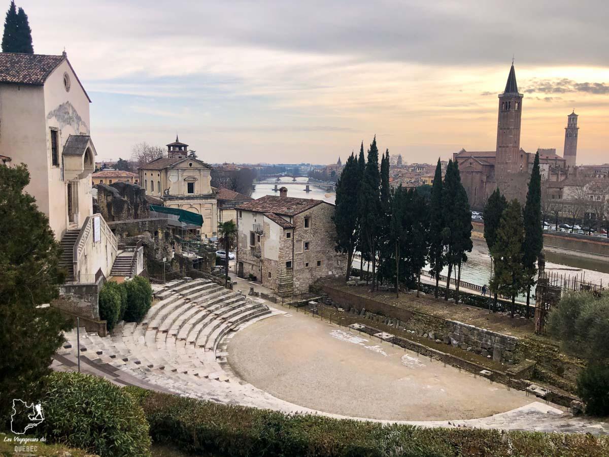 Teatro Romano à Vérone dans notre article Visiter Vérone en Italie : mes incontournables de la ville de Roméo et Juliette #verone #italie #venetie #voyage #europe