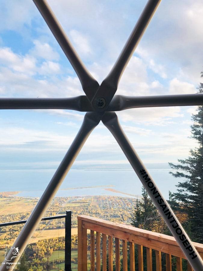 Vue depuis le Géodôme du Mont St-Joseph à Carleton-sur-Mer dans notre article Nuit en montagne: 5 endroits où dormir au sommet d'une montagne au Québec #quebec #montagne #sommet #hebergement
