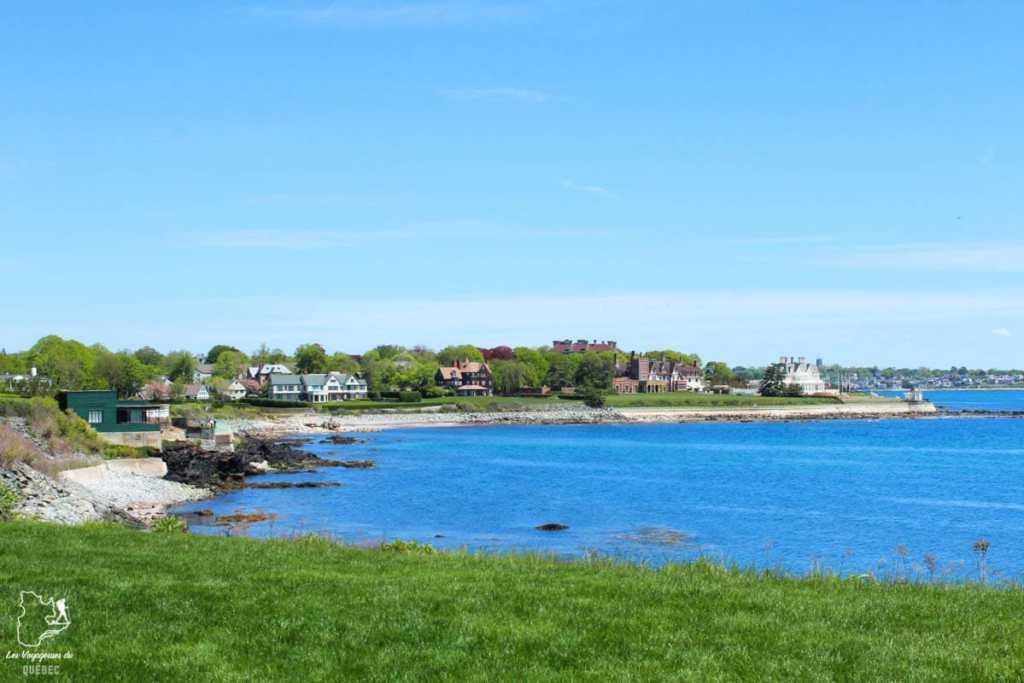 L'Ocean drive de Newport en Nouvelle-Angleterre dans notre article Visiter la Nouvelle-Angleterre aux USA : Que voir lors d'un road trip de 3 jours #road trip #nouvelleangleterre #usa #etatsunis #itineraire