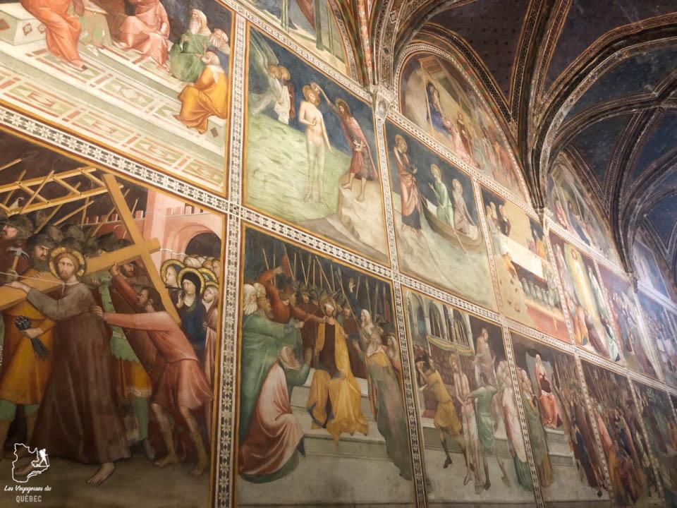Les fresques du Duomo di San Gimignano en Italie dans notre article Mon weekend à visiter San Gimignano en Italie : Magnifique ville fortifiée de la Toscane #sangimignano #toscane #italie #unesco #voyage