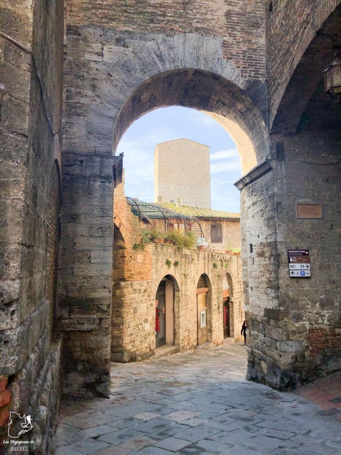 La ville médiévale de San Gimignano en Toscane dans notre article Mon weekend à visiter San Gimignano en Italie : Magnifique ville fortifiée de la Toscane #sangimignano #toscane #italie #unesco #voyage
