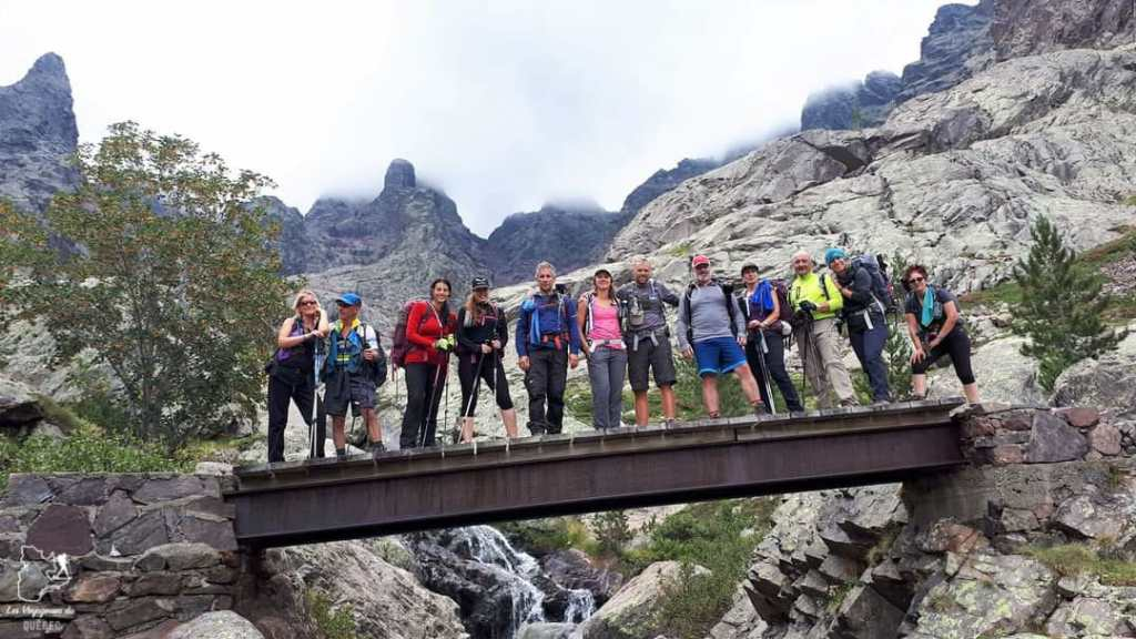 Groupe du trek sur le GR20 en Corse dans notre article 5 témoignages sur le BLUES après un voyage de randonnée en montagnes #randonnee #blues #retourdevoyage #trek #voyage