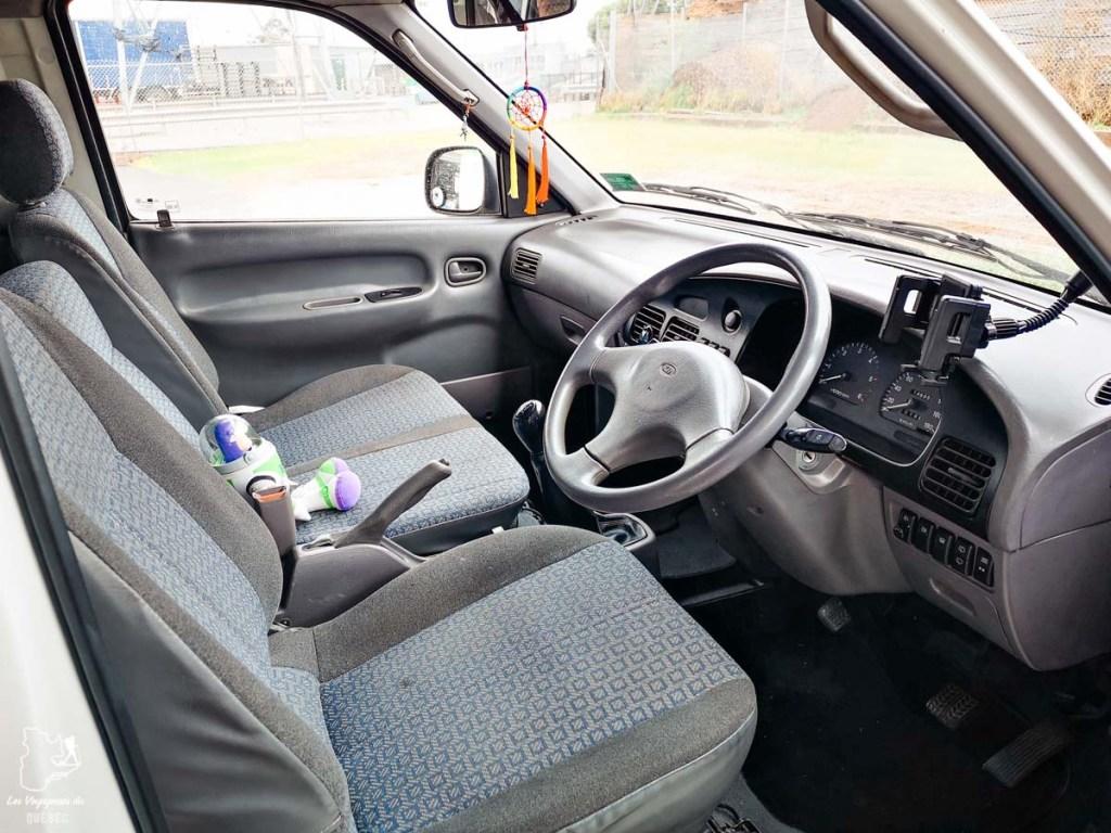 Intérieur de ma van en Australie dans notre article Tout savoir pour préparer son road trip en van en Australie #australie #roadtrip #van #voyage